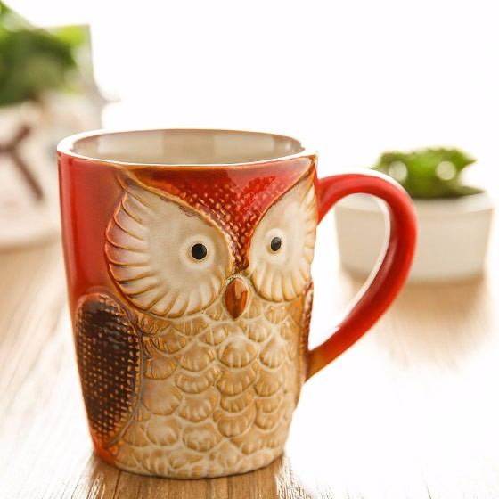 欧式纯手工浅浮雕猫头鹰陶瓷杯-枫叶红
